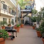 La Corona Del Mar Apartments in San Pedro